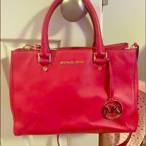 Michael kors red soft leather hand bag